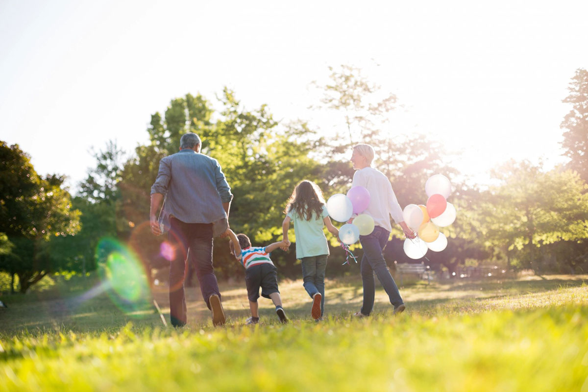 Here at Kin Sitters, we're taking a look at the Big vs the Boutique in terms of family day care options for parents who are now often weighing the pros and cons of in-home care and child care centres to find the best fit for their children. Child Care Centres in Perth: The Pros & […]